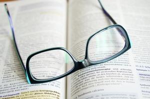 glasses-272403_640